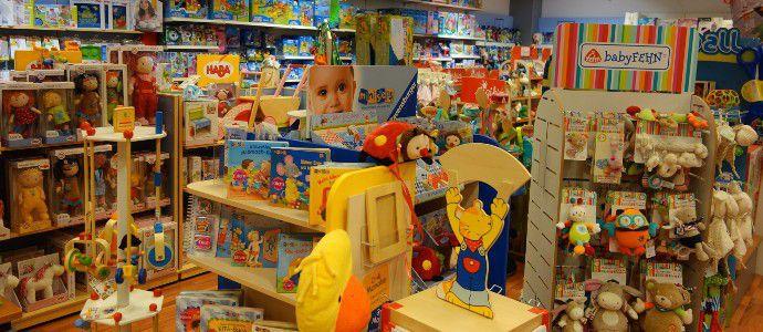 In der Babyabteilung befinden sich hochwertige Artikel des Spielzeugladens Zwerg Nase Bernau