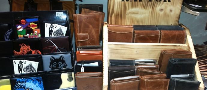 Brieftaschen aus dem bYou Schmuck-Angebot des Spielzeugladens Zwerg Nase in Bernau